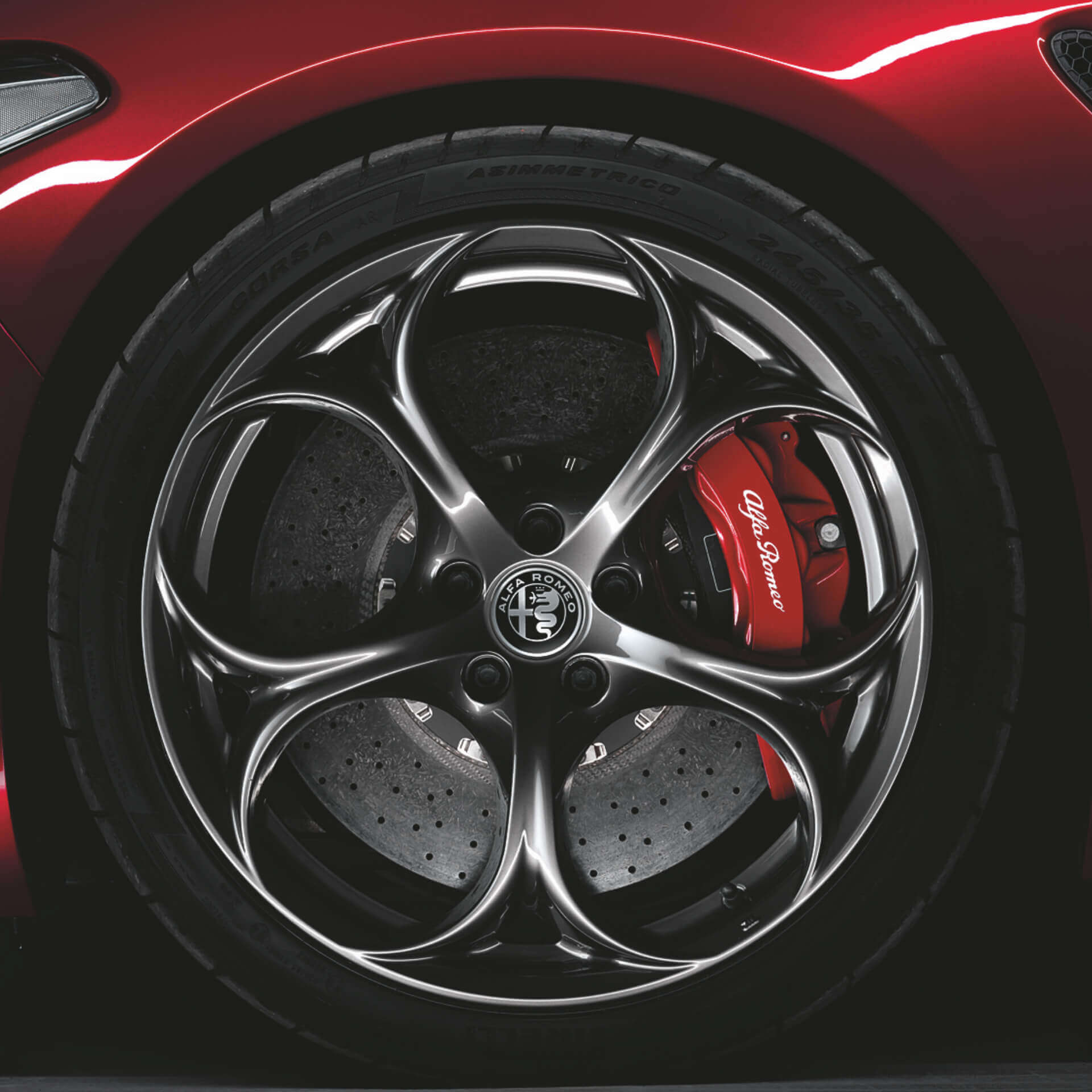 Close-up of Alfa Romeo wheel